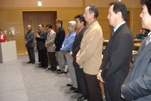 11-7-05 Day 11 Fukuoka General Meeting 038